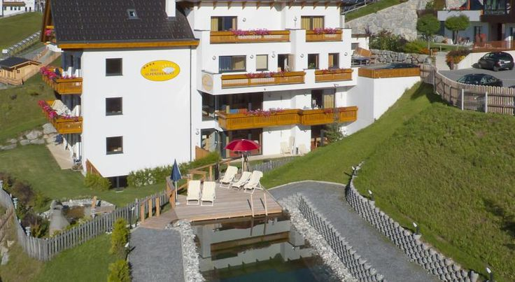 Hotel Garni Alpendiamant Fiss Located in the centre of the village of Fiss, in the Serfaus-Fiss-Ladis Ski Area, Hotel Garni Alpendiamant offers a spa area with a sauna, a steam bath, an infrared cabin, and a Kneipp pool. Free WiFi is available.