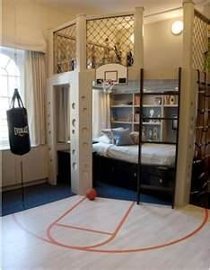 boys bedrooms- ummm this almost makes me want my kid to be an athlete... Or just really love sports ;)