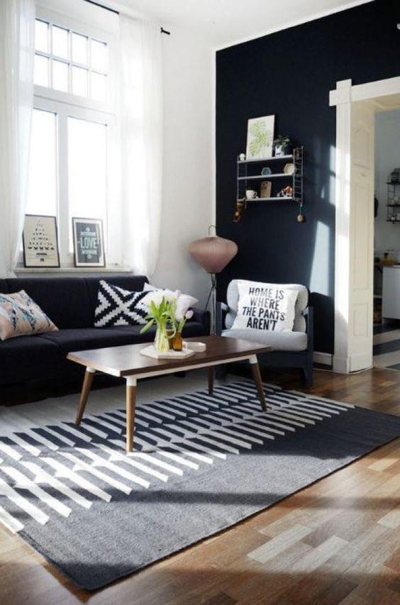 Captivating Ideen Zur Einrichtung Von Wohnung Und Haus. Schränke, Tische Und Lampen.  Mit Freundlicher