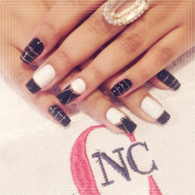 Black & White Nail Art!