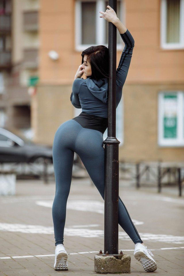 Sexy Tight Ass In Tights