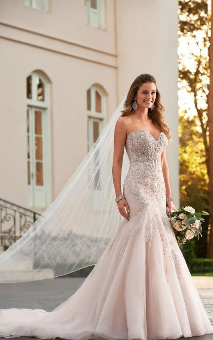11 best Fall 2017 Wedding Gowns images on Pinterest | Bridal gowns ...