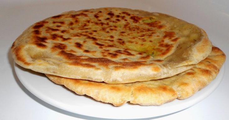 Plněné indické placky paratha