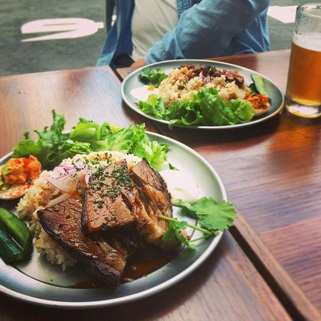 パパ友と肉を食べる昼時🍖  #instagood #instafood #instagram #instadaily #instalike #steak #beef #lunch #BBQ #plate #afternoon #good #yum #tokyo #friend #babyboys #goodbarbecue #子連れ #ランチ #肉 #バーベキュー #パパ友 #男の子ママ #バーベキュー #美味 #ごちそうさまでした #お散歩 #優雅な午後 #中目黒 #息抜き