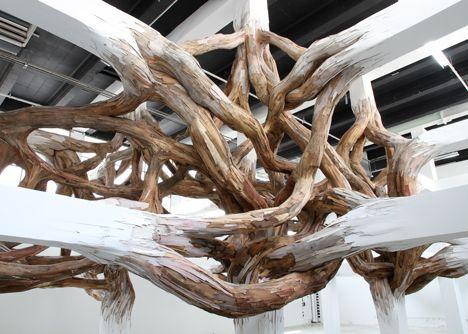 Baitogogo de Henrique Oliveira / Palais de Tokyo   Miaow-Design Blog