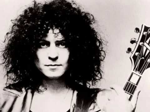 I love to Boogie (T.REX)  A,D,E7,  http://tabs.ultimate-guitar.com/t/t_rex/i_love_to_boogie_crd.htm