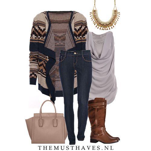 Brrr, het wordt steeds kouder! Daarom hebben wij dit heerlijke Autumn vest voor je! Maak het af met deze mooie jeans en hoge laarzen voor een mooie herfst look! www.TheMusthaves.nl