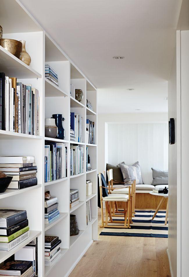 pretty bookshelves #bookshelves #homedecor #stripes