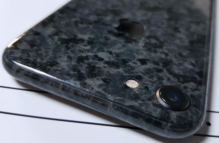www.24gsm.ro / 0728428428 / Folii Design Skin material 3M (material Stone) iPhone 8. Aplicarea Gratuită în București Se livrează și în țară.