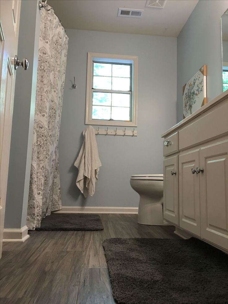My Finished Bathroom Traffic Master Allure Plus 5 Vinyl Plank In Gray Maple For