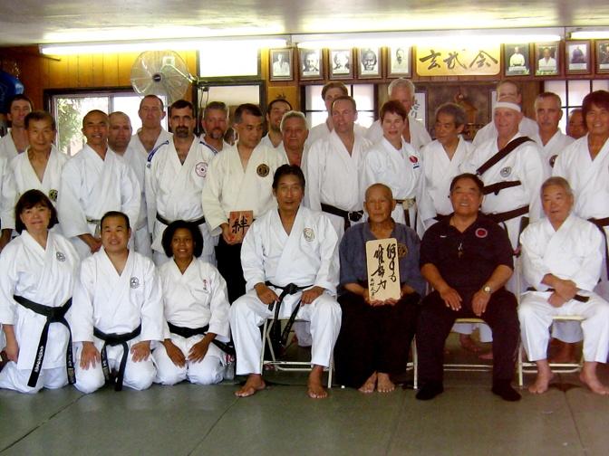 Shihan Hayawo Kiyama, of  Daito-Ru Aiki Jujutsu.  http://www.bumon.es    En Bumon ense�amos jujutsu visitanos en http://www.bumon.es