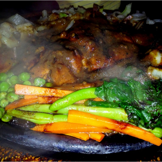 Steak with pepper sauce!