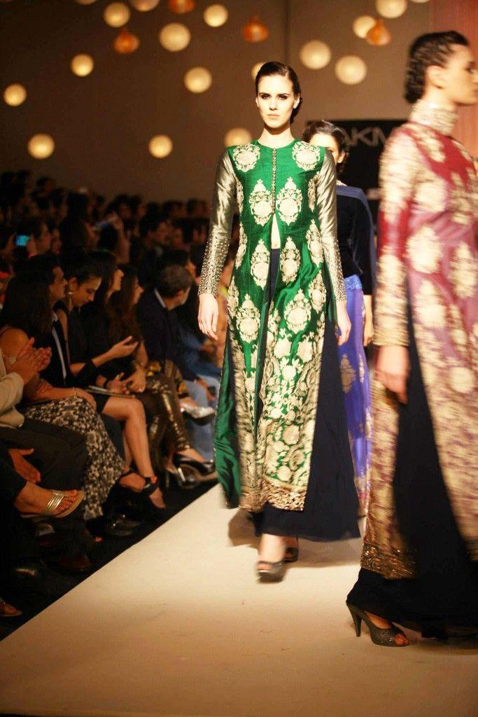 Lakme Fashion Week, Winter/Festive 2013 – Manish Malhotra