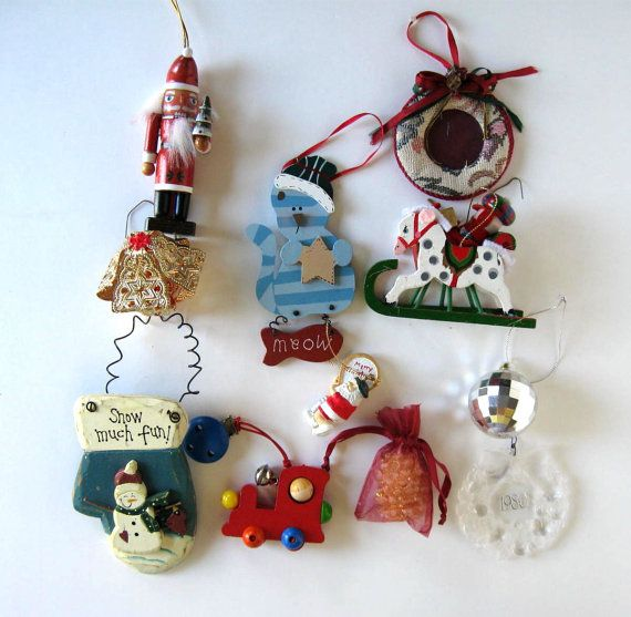 Lot of 11 Vintage  Christmas ornaments Nut by jewelryandthings2