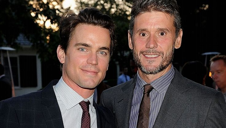 Matt Bomer and his husband Simon Halls- they are such a cute couple