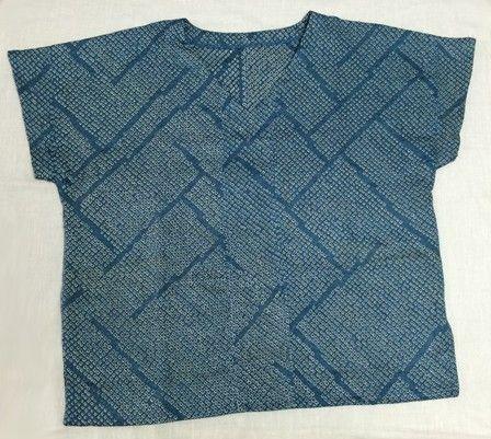 絞り着物リメイクTシャツ 青系 - ツクリノ