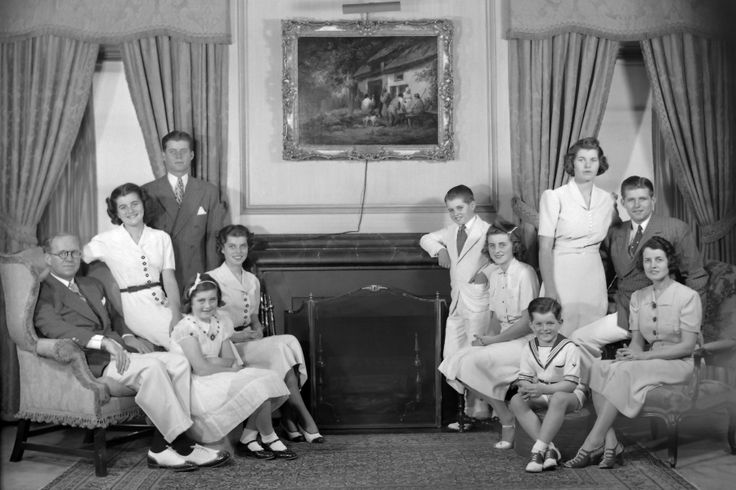 A portrait of the Kennedy family in their living room, Bronxville, New York, 1938. From left are: Joseph P Kennedy Sr (1888 - 1969), Patricia Kennedy (1926 - 2006), John F Kennedy (1917 - 1963), Jean Kennedy, Eunice Kennedy, Robert Kennedy (1925 - 1968), Kathleen Kennedy (1920 - 1948), Edward Kennedy, Rosemary Kennedy (1918 - 2005), Joseph P. Kennedy Jr (1915 - 1944), and Rose Kennedy (1890 - 1995). (Photo by Bachrach/Getty Images)                                     via ...
