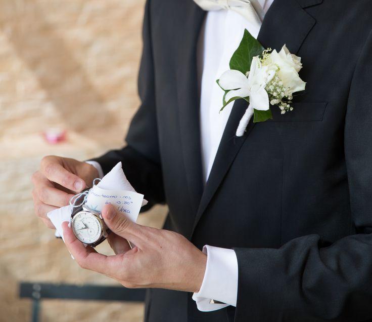 Surpresa de casamento da noiva para o noivo, relógio do noivo