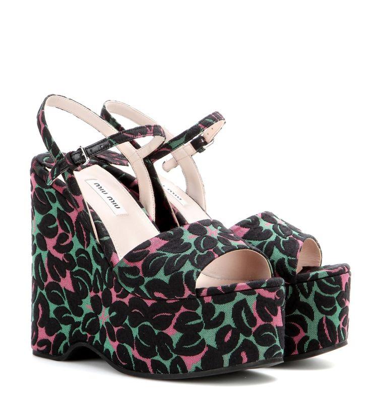 Wedge-Sandalen aus Jacquard in Grün, Pink und Schwarz By Miu Miu