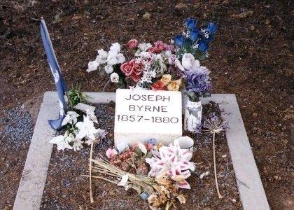 Joe Byrnes Grave