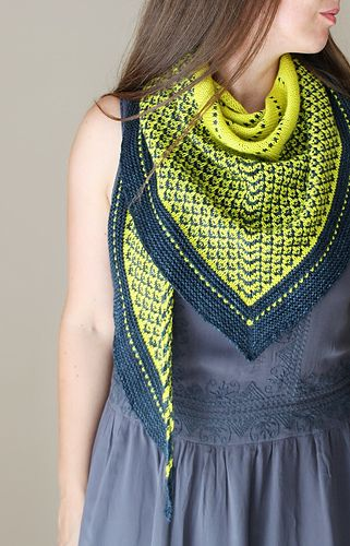 The love of spiders shawl #mosaic
