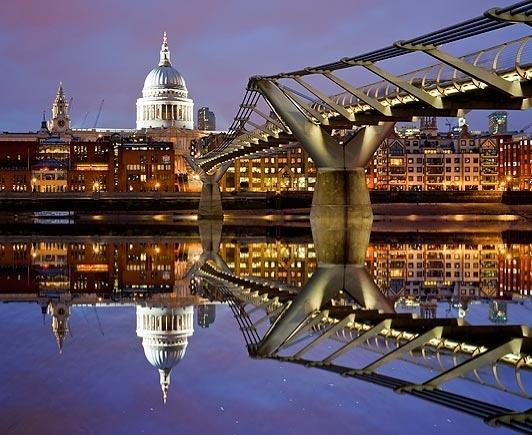 London: London landmarks reflected on the Thames