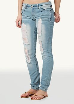 62 best images about Trend We Love: Distressed Jeans on Pinterest ...