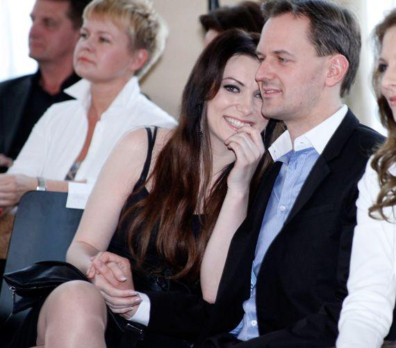 Jól állnak neki a pluszkilók! Rúzsa Magdi nőiesebb, mint valaha | femina.hu