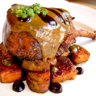 Γλυκόξινο Χοιρινό με Καραμελωμένες Πατάτες