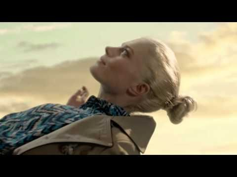 Target Style Fall Fashion - what we're falling for this season.    Target's stunt-filled commercial where everything falls from the sky in this acrobatic ad.      #TargetStyle #TargetFall #Style