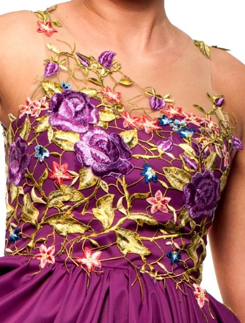 Purple flower dress details