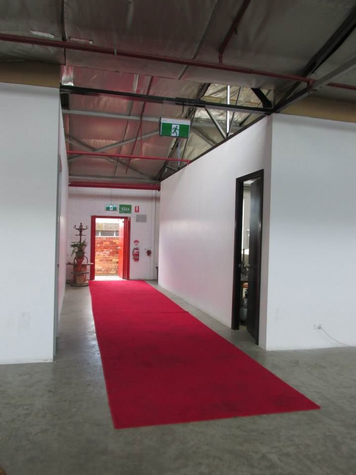 Entrance hall way, red carpet