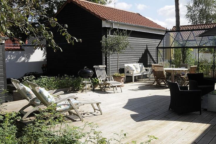 Villa på 286 kvm.i Millinge til salg hos RobinHus. På mere en 5000 kvm skøn grund direkte til vandet. Spændende... Klik for fotos af boligen. http://www.robinhus.dk/ejendom/default.asp?boligid=57395