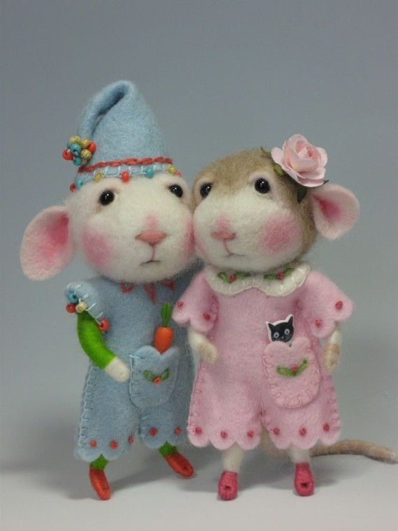 Peanut Bunner & Jilly Sannich (2″-3″ mouse and bunny needle felting PDF file cla