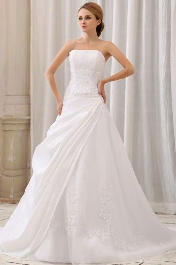 Strapless Ivory Sweep train Pleats Garden Wedding ball gown