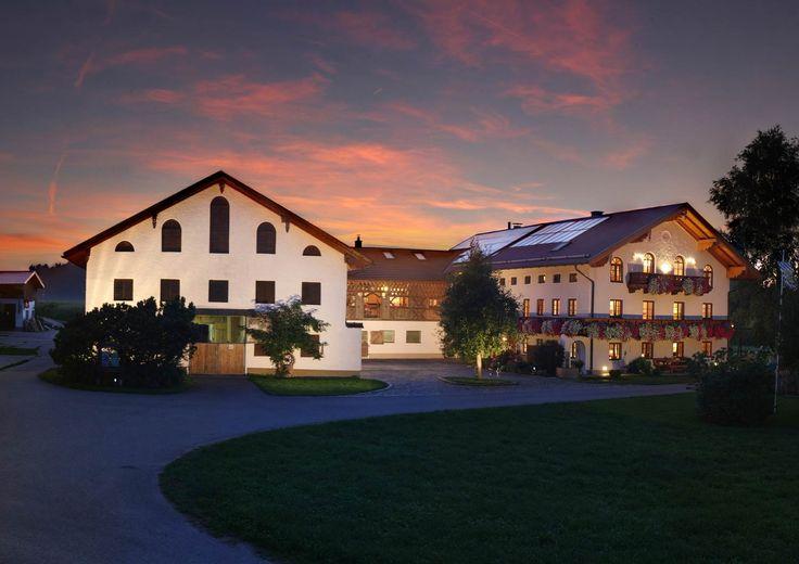 Urlaub auf dem Bauernhof Ferienwohnung Esterer Hof Chiemgau Chiemsee Bayern Ferienwohnungen Kinderland