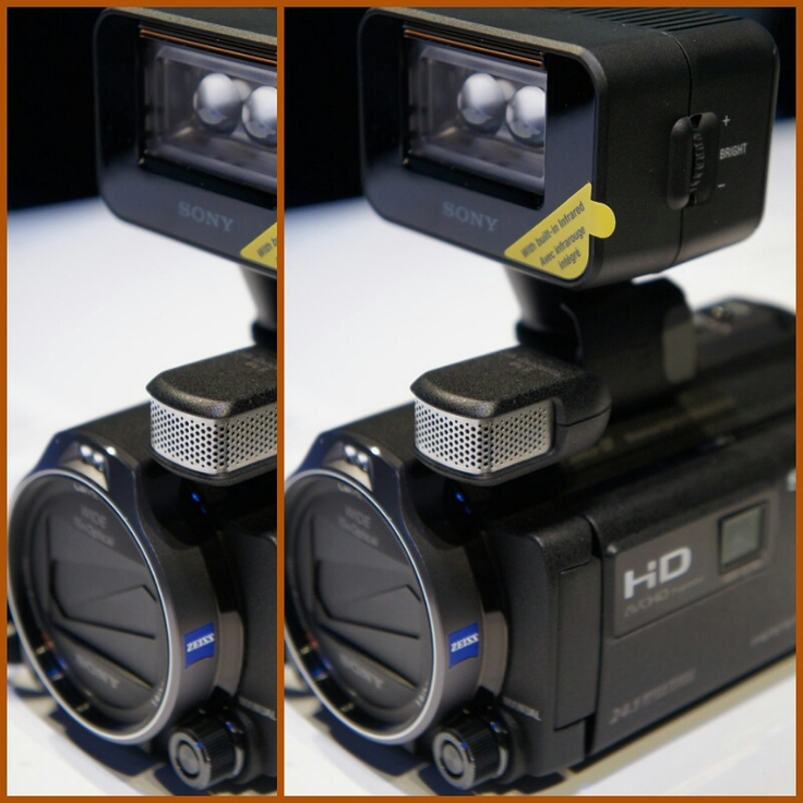 Con la nuova gamma Handycam PJ rivedere i video che avete realizzato è ancora più semplice: il proiettore incorporato è ancora più luminoso e, grazie al nuovo ingresso esterno HDMI, potrete trasmettere le immagini anche da smartphone, tablet e PC su qualsiasi parete o superficie.