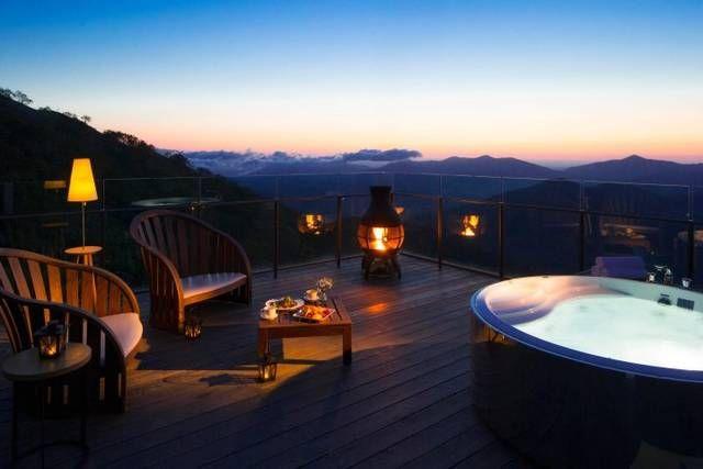 北海道最大級の滞在型リゾート「星野リゾート トマム」に、2017年9月1日~30日の期間、「雲海露天風呂」が登場します。