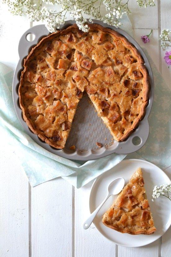Tarte végétale aux pommes et à l'amande // Apple & almond tart http://www.lesrecettesdejuliette.fr
