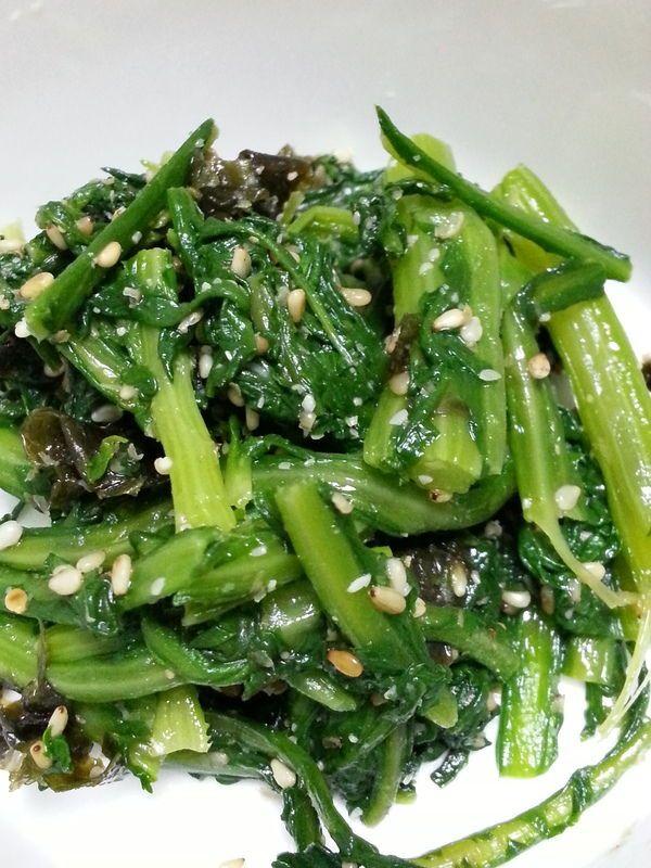 今が旬!春菊の活用レシピ10選♪栄養たっぷりの緑黄色野菜を食べよう! #料理好きな人と繋がりたい #日本自炊協会 #Twitter家庭料理部