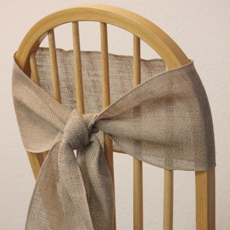 Burlap sashes for rustic weddings. Love this knot!