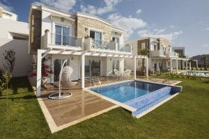 Gumusluk Bay Villas - These villas are set within tasteful grounds, residents will have access to the gorgeous private beach facilities. With its great central location, its fabulous views and superb on site facilities, this unique development is truly a once in a lifetime opportunity not be missed. Price: £247,722