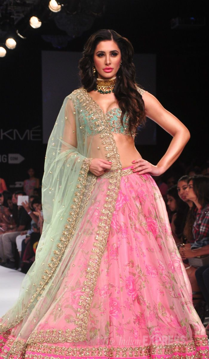 Nargis Fakhri looked like a queen in a Anushree Reddy creation at the Lakme Fashion Week Winter/Festive 2014. #Bollywood #Fashion #Style #Beauty