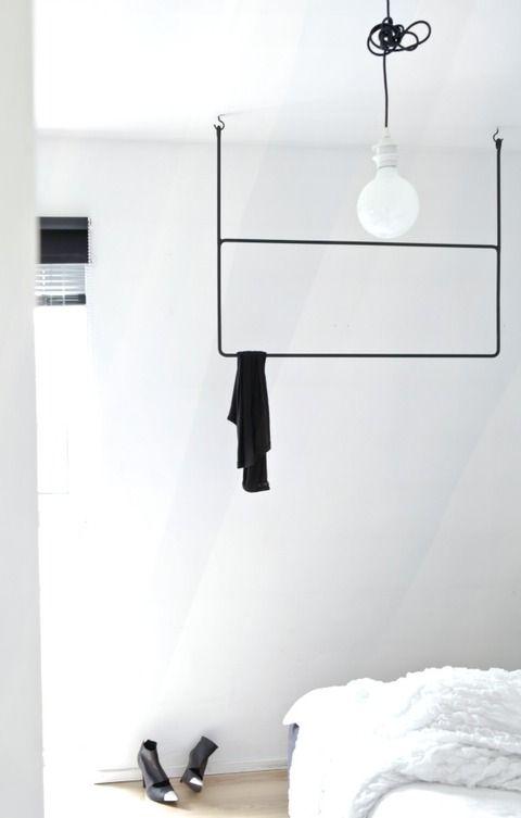 スウェーデンのスタイリストデザインのハンガーレール                                                       …