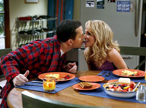 Kelly Stables cons Jon Cryer