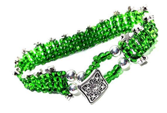 Look what I found!  https://www.etsy.com/listing/459671224/christmas-braceletsgreen-braceletbeaded