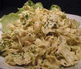 Rezept Eisbergsalat - auf die Schnelle von Sternengold - Rezept der Kategorie Vorspeisen/Salate