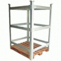 Os Racks metálicos para armazenagem são indicados para blocagens de mercadoria. Permite o uso integral do espaço na área de armazenagem. Racks metálicos para armazenagem estão disponíveis na medida padrão: 100x120x75 cm ou conforme solicitação específica do cliente.