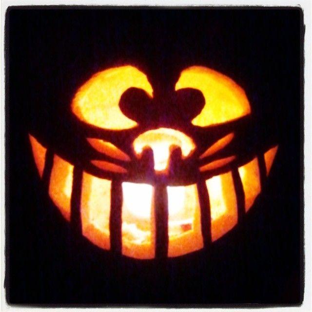 Cheshire cat pumpkin m webb autumn halloween for Cat carved into pumpkin