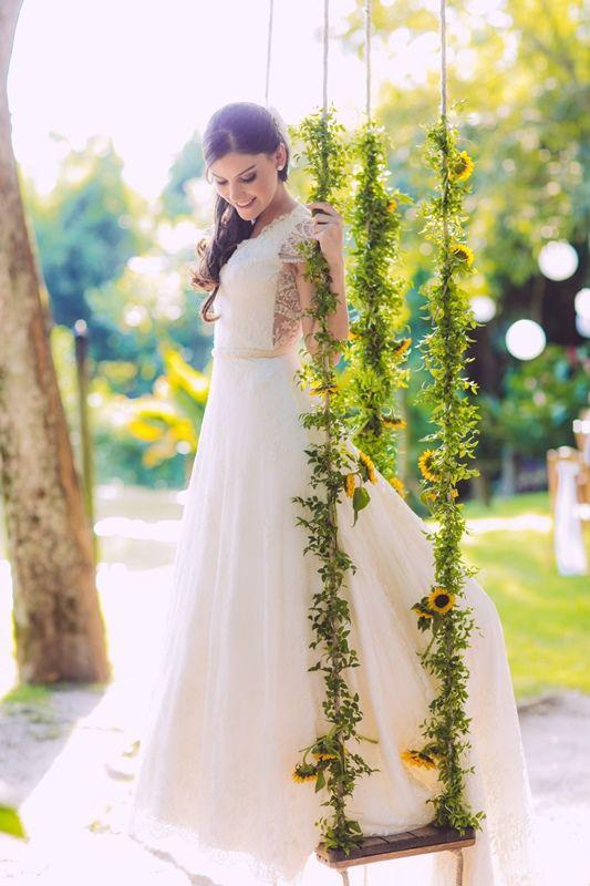 Casamento ao ar livre: vestido de noiva da Carol Hungria